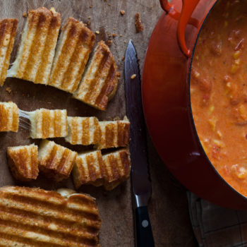 Easy Tomato Soup & Grilled Cheese Croutons