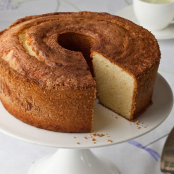 Cold Oven Pound Cake With Buttermilk